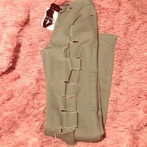 Cut out jeans NWT